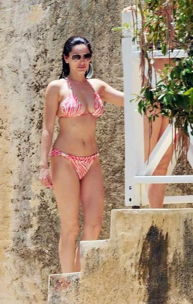 Kelly Brook'tan bikini şov.. - 68