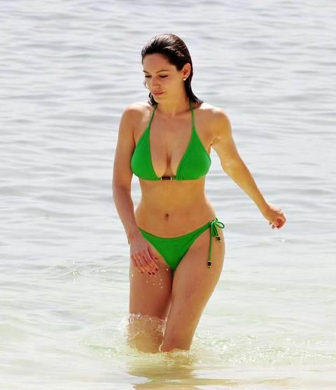 Kelly Brook'tan bikini şov.. - 104
