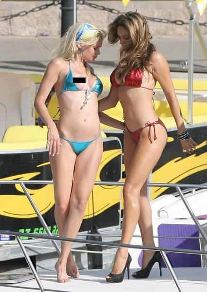Kelly Brook'tan bikini şov.. - 126