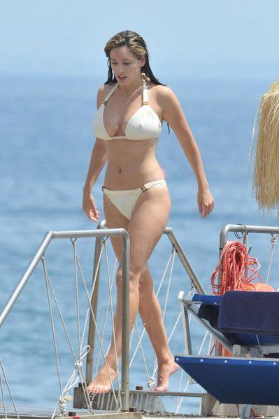Kelly Brook'tan bikini şov.. - 142