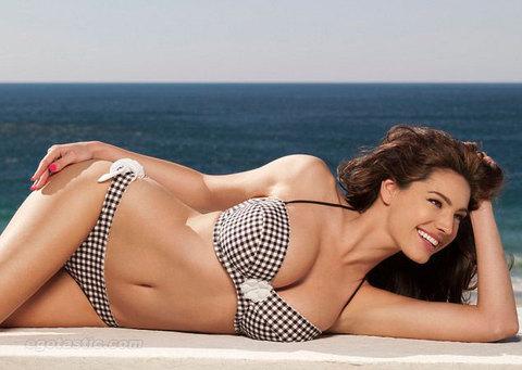 Kelly Brook'tan bikini şov.. - 159