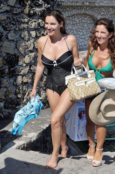 Kelly Brook'tan bikini şov.. - 164