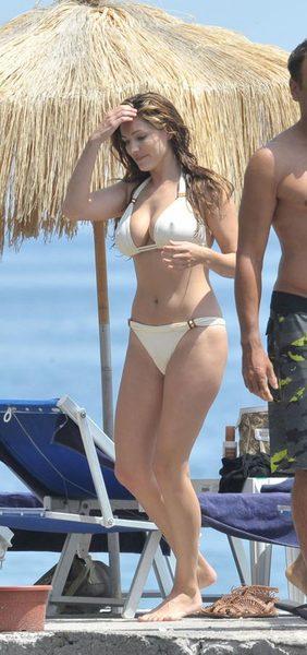Kelly Brook'tan bikini şov.. - 179