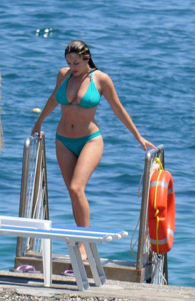 Kelly Brook'tan bikini şov.. - 190