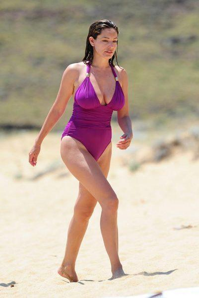 Kelly Brook'tan bikini şov.. - 215