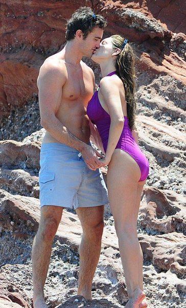 Kelly Brook'tan bikini şov.. - 216
