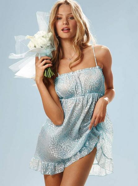 Candice Swanepoel'den seksi fotoğraflar.. - 71