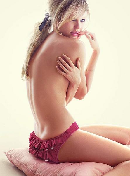 Candice Swanepoel'den seksi fotoğraflar.. - 239