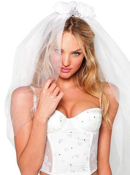 Candice Swanepoel'den seksi fotoğraflar.. - 251