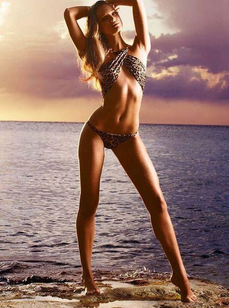 Candice Swanepoel'den seksi fotoğraflar.. - 304