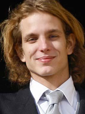 Andrea, Caroline ile Stefano Casiraghi'nin en büyük çocuğu.