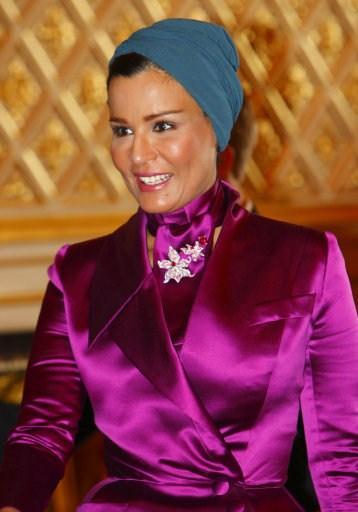 Vanity Fair dergisi artık gelenekselleşen dünyanın en şık kadın ve erkekleri anketini sonuçlandırdı. İşte sonuçlar...Katar Emirinin eşi Sheika Moza Bin Nasser'de en şık 10 kadın arasında.