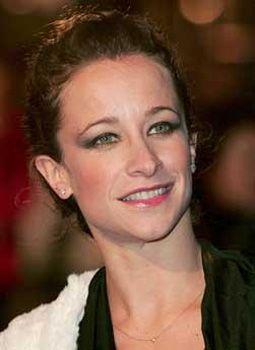 Ünlü müzisyenin manken kızı Leah 1978 doğumlu.