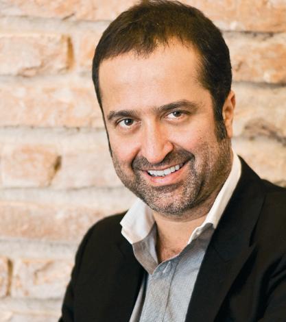 SERDAR BİLGİLİ  Beşiktaş Kulübü eski başkanlarından, iş adamı Serdar Bilgili'nin teknesinin ismi 'Extreme'.