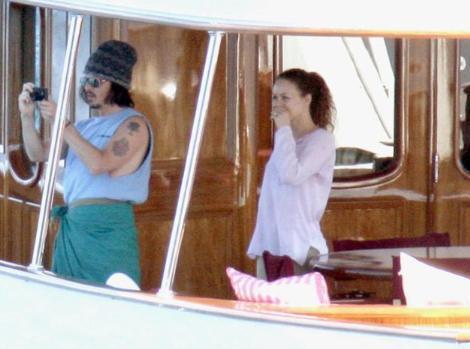 JOHNNY DEPP  Aktör Johnny Depp de yatı olan ünlülerden.