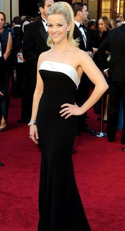 36 yaşındaki Oscar ödüllü yıldız Reese Witherspoon özellikle de kırmızı halıya çıktığında kusursuz bir görüntü sergiliyor.
