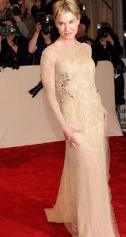 Renee Zellweger 41 yaşında ama kendine çok iyi bakıyor. Bu fotoğrafta da kusursuz görünüyor.