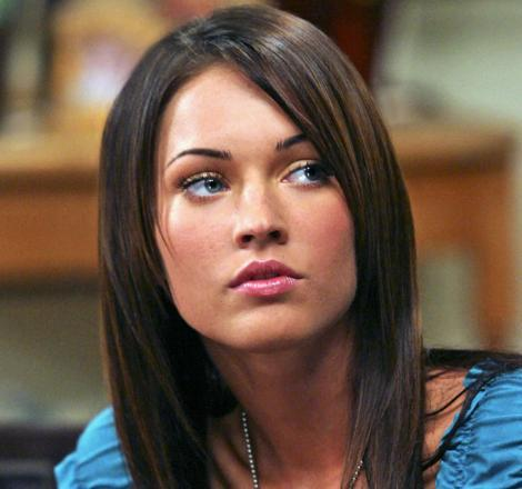 Megan Fox'un yaşı henüz genç ama o da ufak tefek operasyonlar geçirdi.