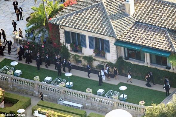 Düğün, Los Angeles Montecito'daki villada yapıldı.