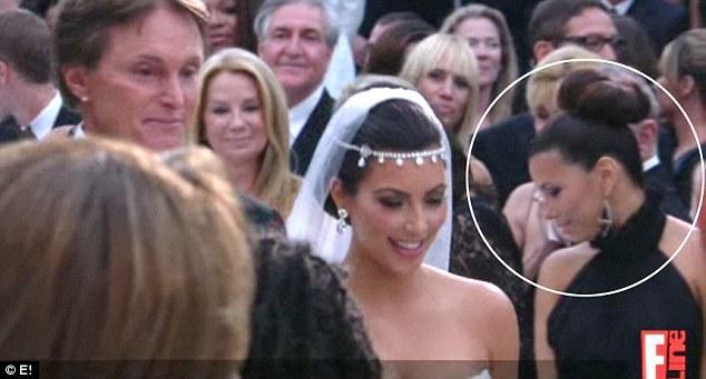 Davetlilerin arasında güzel yıldız Eva Longoria'da göze çarpıyordu.