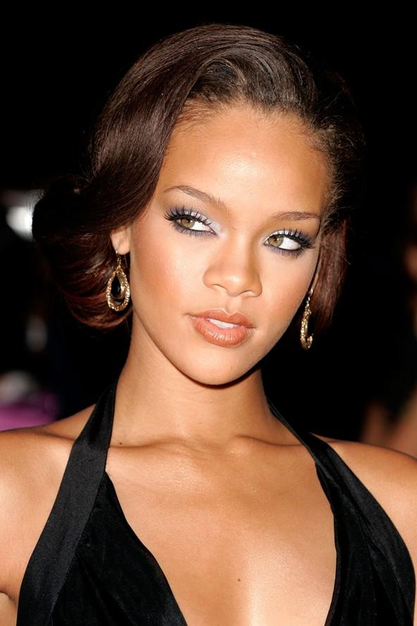 Saç cambazi Rihanna - 38