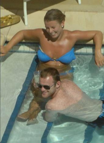 Futbolcu Wayne ve eşi Coleen Rooney balayını Las Vegas'ta geçirdi.