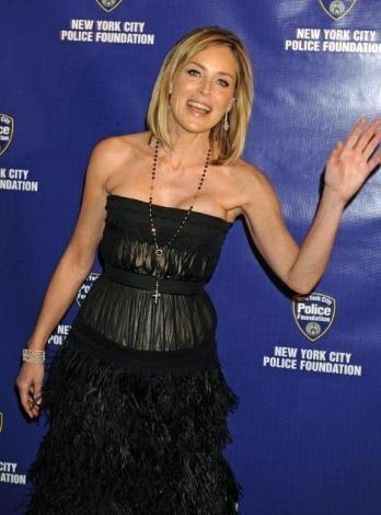 Sharon Stone'den seksi kareler.. - 20