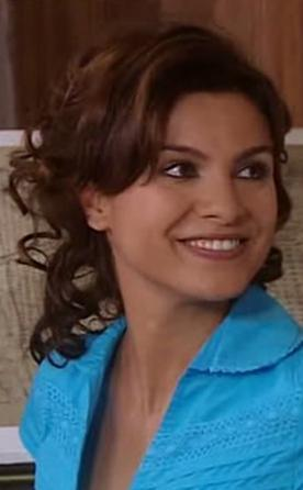 FERİDE ÇETİN  1980'de doğdu.
