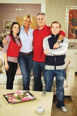 4 kişilik bir ailenin günlük maceralarını konu alan dizinin fan sayısı 41 bin 809.  (Hürriyet)