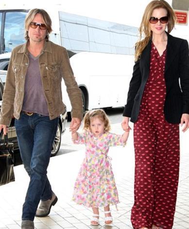 Nicole Kidman, ilk kızı Sunday Rose'u dünyaya getirdiğinde yaşı oldukça ilerlemişti.