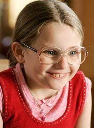 1996 doğumlu Breslin son olarak Jodie Foster ile birlikte Macera Adası'nda rol aldı.