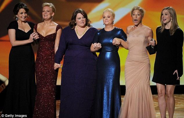 Emmy Ödül Töreni'nden şık ve eğlenceli kareler - 16