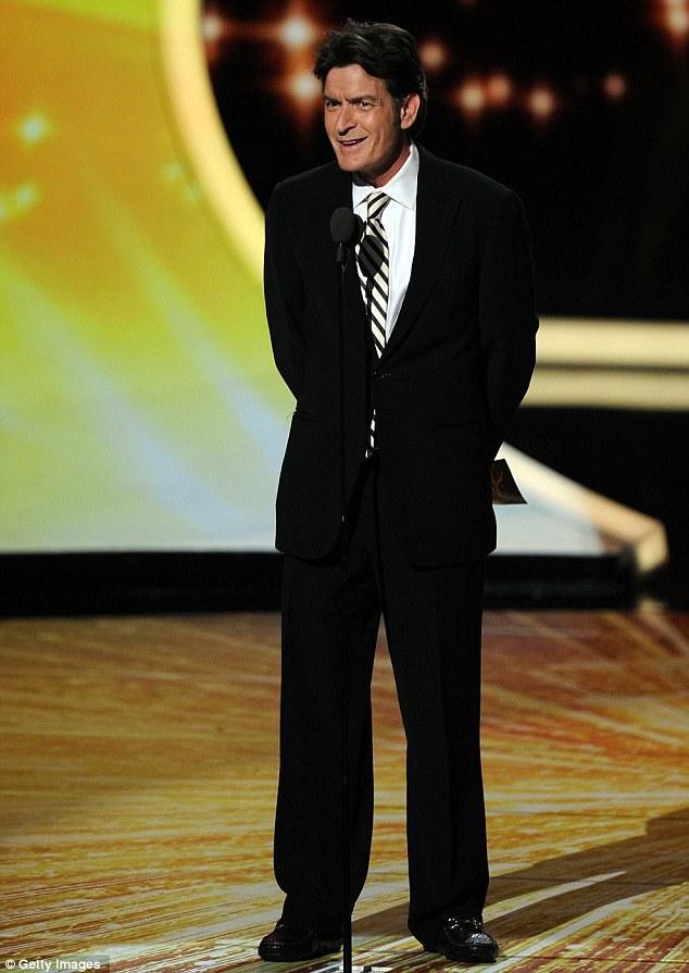 Emmy Ödül Töreni'nden şık ve eğlenceli kareler - 19