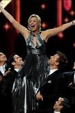 Emmy Ödül Töreni'nden şık ve eğlenceli kareler - 12