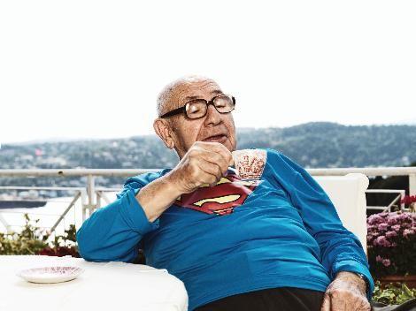 """Aydın Boysan da """"Superman"""" oldu."""