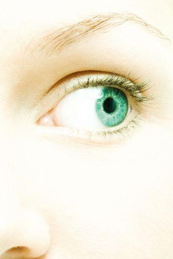 Yanlış : Gözlükten kurtulmak için gözü çizdirmek gerekir.  Doğru: Görme kusurunun tedavisi için uygulanan laser (excimer) tedavisinde, gözün saydam tabakası belirli bölgelerde inceltilir. Çizmek gibi bir işlem yapılmaz.