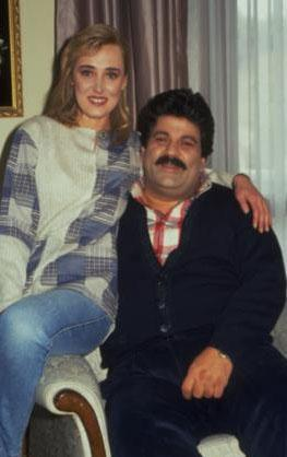 Dizi 1993 ile 2002 yılları arasında 510 bölüm yayınlandı.
