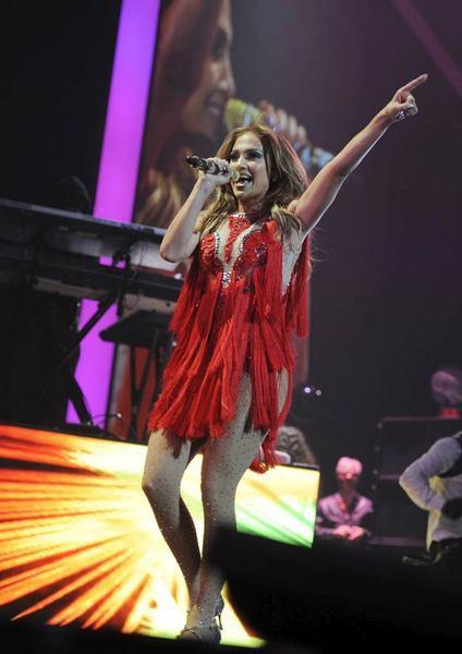 Jennifer Lopez Las Vegas'ı salladı - 17
