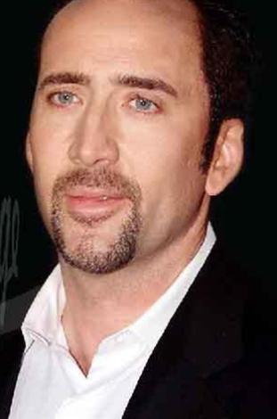 Nicolas Cage'ın gerçek adı Nicolas Coppola. Babası İtalyan annesi Avusturyalı.