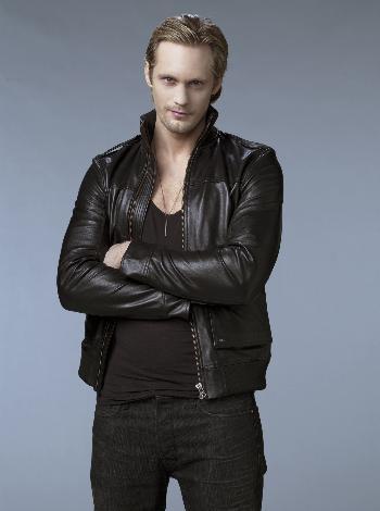 True Blood serisinin yıldızı Alexander Skarsgård İsveçli.   (Hürriyet)
