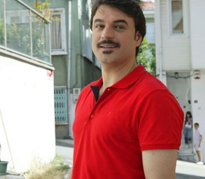 Ufuk Özkan da Samsunlu ünlülerden.
