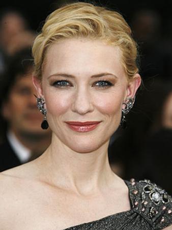 Cate Blanchett Avustralyalı.