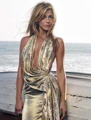 Jennifer Aniston Yunan asıllı. Küçüklüğünde bir süre Yunanistan'da yaşadı. Gerçek adı Jennifer Anastassakis.