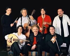 Yeni Türkü de Türkiye'nin en uzun soluklu müzik gruplarından biri..