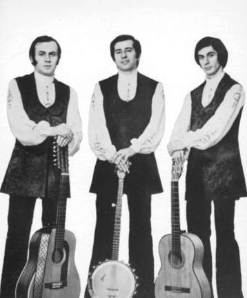 MODERN FOLK ÜÇLÜSÜ Doğan Canku, Ahmet Kurtaran ve Selami Karaibrahimgil tarafından 1969'un son aylarında kuruldu.