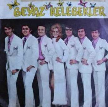 BEYAZ KELEBEKLER   Türk pop müziğinin uzun süreli gruplarından biri..