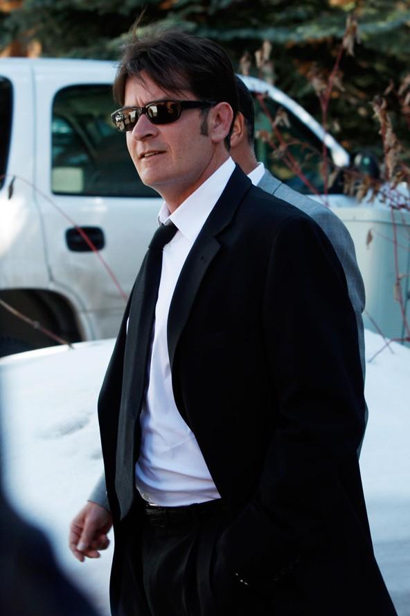 Asıl adı olan Carlos Irwin Estevez olan Charlie Sheen sadece soy adını değiştirdi.