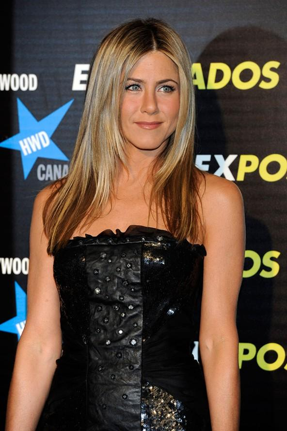 Jennifer Anastassakis: Babasının izinden giderek telaffuzu zor olan soy adını Aniston olarak değiştirdi.