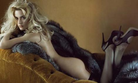 Kate Winslet'ın bu pozu size hangi efsane yıldızı hatırlatıyor.