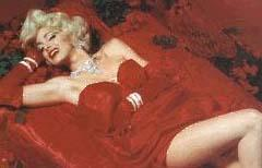 Monroe'nun bu pozu bakın hangi yerli yıldıza esin kaynağı oldu.